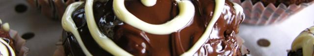 De cativa ani incerc diverse retete de muffinuri cu ciocolata. Pana acum, nici una n-a fost la inaltime. N-am fost incantata de nici o reteta intr-atat incat sa zic ca...