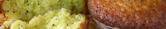 Ingrediente: 225 gr. faina alba 1 praf de copt 180 gr. zahar 2 linguri seminte de mac coaja de la 2 lamai 180 gr. unt 3 oua 100 ml iaurt...
