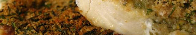 Imi place foarte mult pestele facut asfel, este usor si foarte aromat. Eu l-am servit cu cartofi prajiti (facuti la cuptor).  Ingrediente: 4-6 fileuri de peste alb (cod, pangasius,...